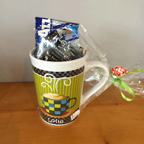 Lavazza gift basket in cup